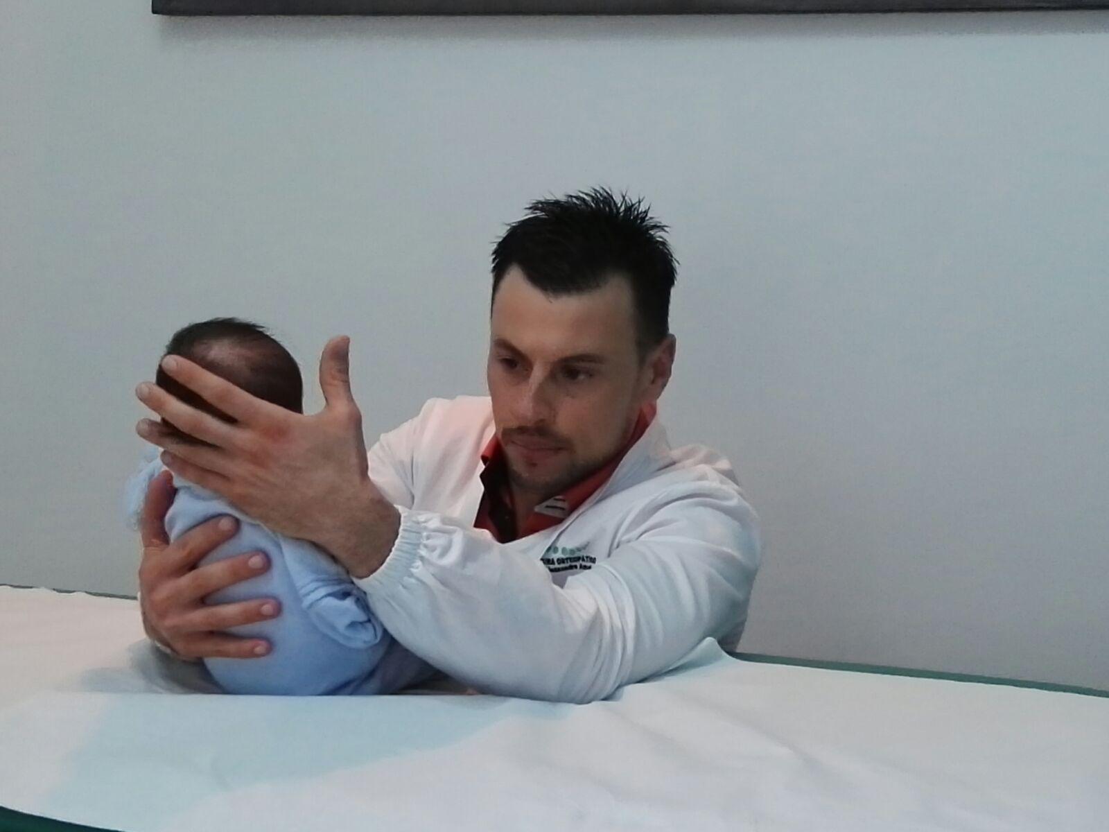 dottore-alessandro-amato-osteopatia-pediatrica2